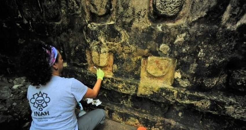 کشف بقایای کاخ باستانی مایاها